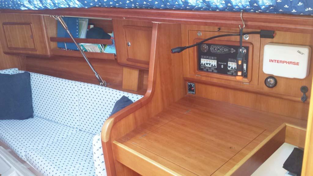 Boat-&-breakfast-Asinara-interno-barca-6