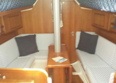 Boat-breakfast-Asinara-interno-barca-7jpg (1)